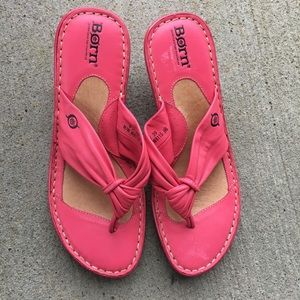 f096776b4ed67d Born Rose Pink Leather Wedge Sandals 8 M